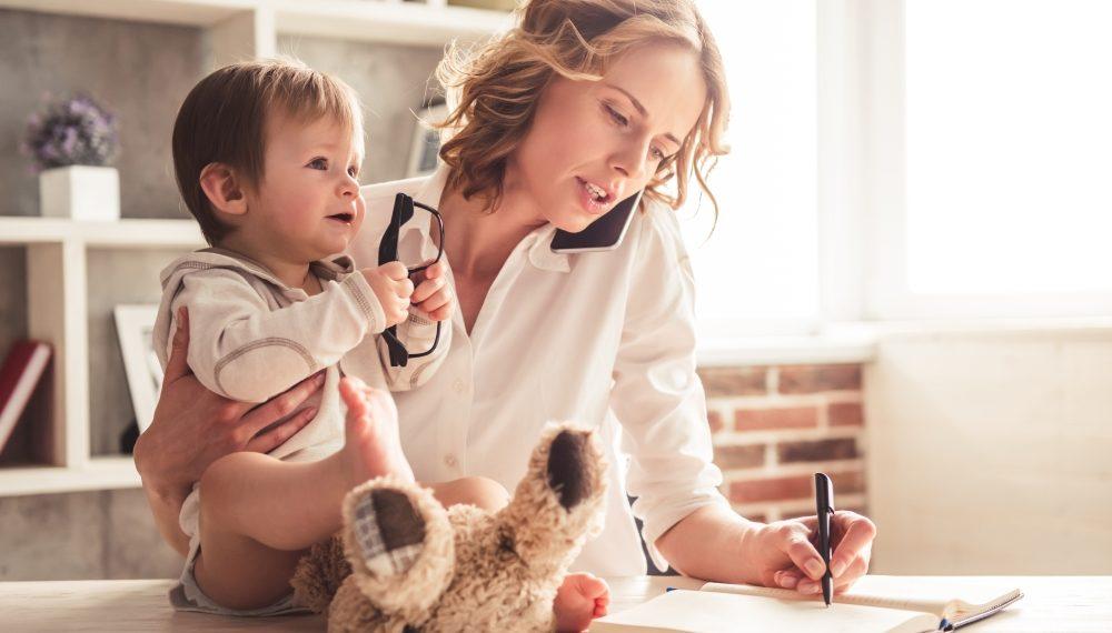 Zaposlena majka i dete